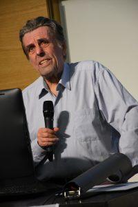 Jan Sokolo přednášel 14. září 2015 o Wikipedii pedagogům FF MU. Autor: Ben Skála, Benfoto, CC BY-SA 3.0