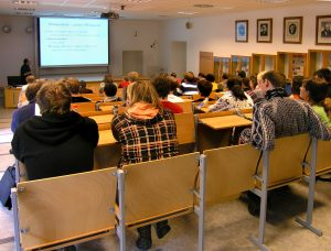 Prezentace Wikipedie studentům Masarykovy univerzity (2009). Autor: Petr Novák, Wikipedia, CC BY-SA 3.0